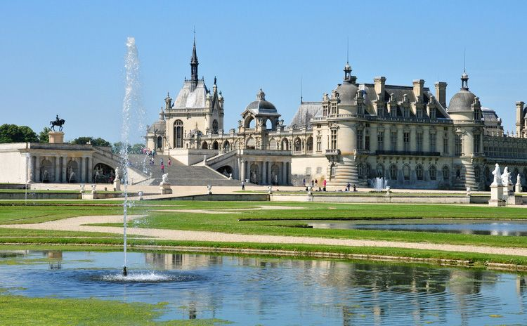 Chantilly Castle & Auvers sur Oise - Full Day Tour