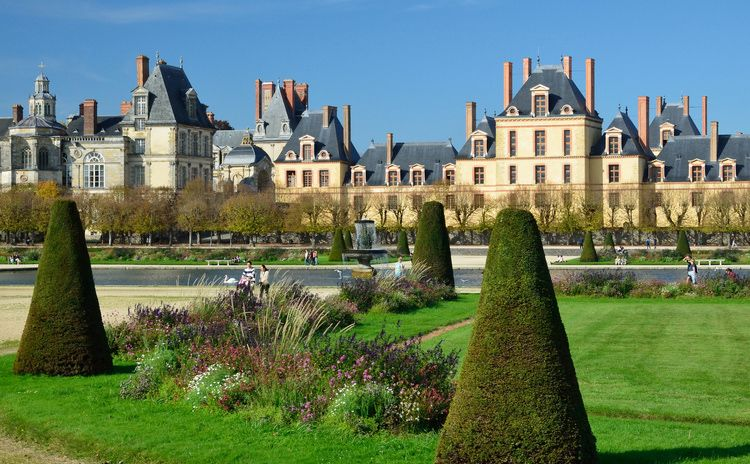 Fontainebleau - Half Day Tour