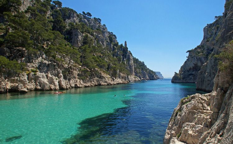 Marseille & Les Calanques de Cassis - Half Day Tour