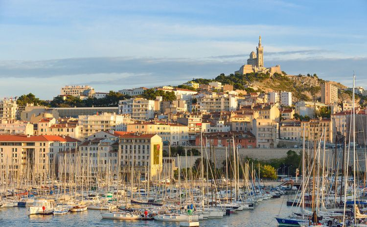 Marseille, Aix en Provence & Lubéron Region - Full Day Tour